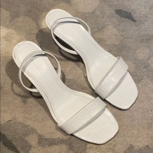NEW ZARA WHITE SLING BACK SANDALS- CROC PRINT